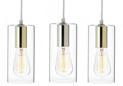 Hängande fönsterlampor med skärm av glas.